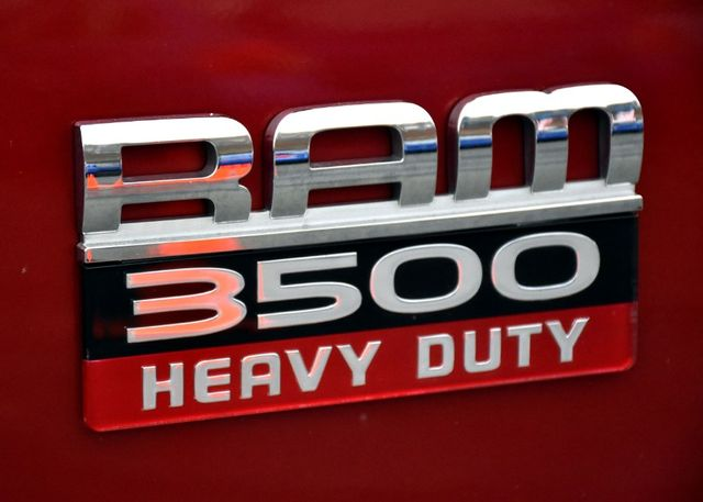 2010 Dodge Ram 3500 SLT Waterbury, Connecticut 2