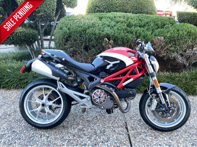2010 Ducati Monster 1100 in McKinney, TX 75070
