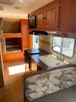 2010 Dutchmen Aero-lite   city Florida  RV World Inc  in Clearwater, Florida