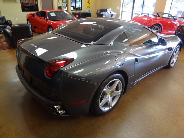 2010 Ferrari California Austin , Texas 15