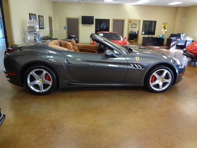 2010 Ferrari California Austin , Texas 8