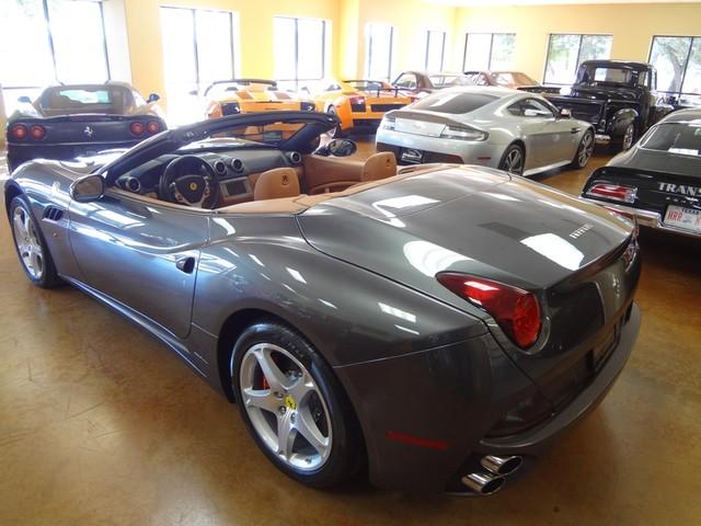 2010 Ferrari California Austin , Texas 3