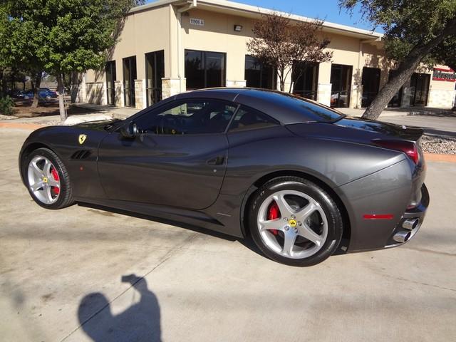 2010 Ferrari California Austin , Texas 21