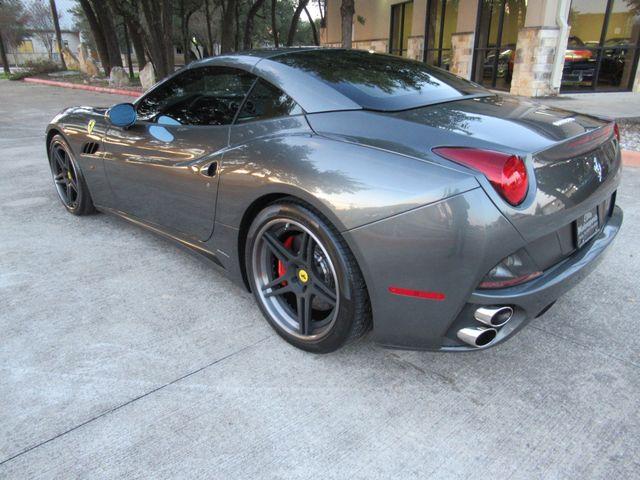 2010 Ferrari California Austin , Texas 14
