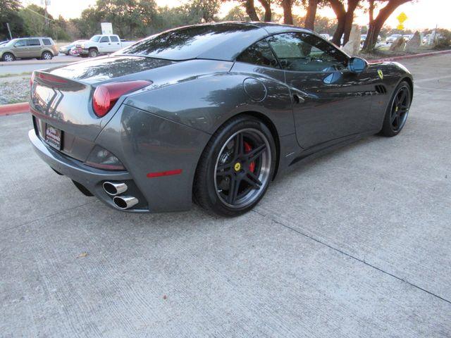 2010 Ferrari California Austin , Texas 17