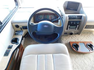 2010 Fleetwood Bounder 35H  city Florida  RV World of Hudson Inc  in Hudson, Florida