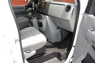 2010 Ford 15 Pass. XLT Charlotte, North Carolina 6