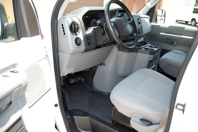 2010 Ford 15 Pass. XL Charlotte, North Carolina 4