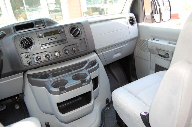 2010 Ford 15 Pass. XL Charlotte, North Carolina 15