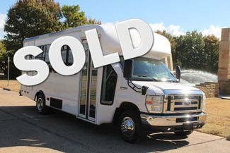 2010 Ford E-450 19 Passenger Starcraft Shuttle Bus W/ Lift Irving, Texas