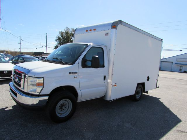 2010 Ford E350 SUPER DUTY 12' Box Van in Largo, Florida 33773