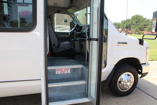2010 Ford E450 22 Passenger Eldorado Shuttle Bus W/ Rear Luggage Storage Irving, Texas 13
