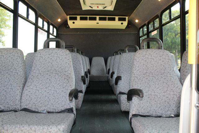 2010 Ford E450 22 Passenger Eldorado Shuttle Bus W/ Rear Luggage Storage Irving, Texas 19
