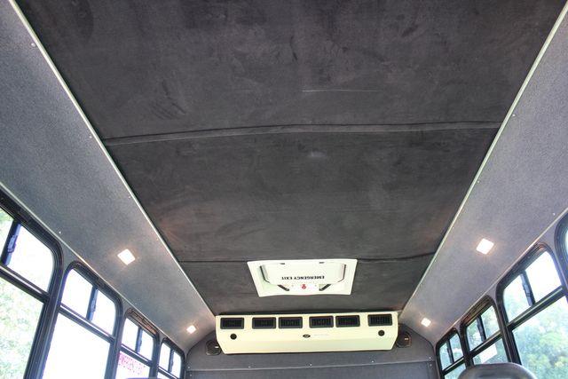 2010 Ford E450 22 Passenger Eldorado Shuttle Bus W/ Rear Luggage Storage Irving, Texas 20
