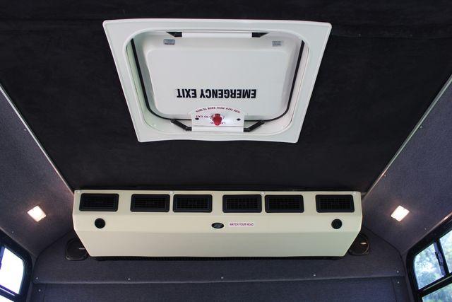 2010 Ford E450 22 Passenger Eldorado Shuttle Bus W/ Rear Luggage Storage Irving, Texas 21