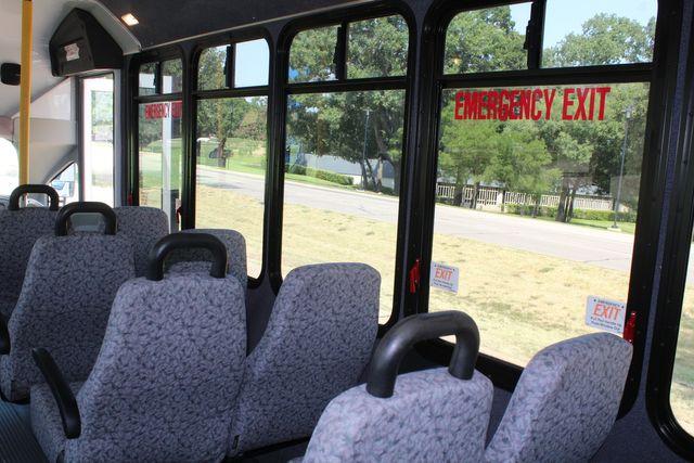 2010 Ford E450 22 Passenger Eldorado Shuttle Bus W/ Rear Luggage Storage Irving, Texas 22