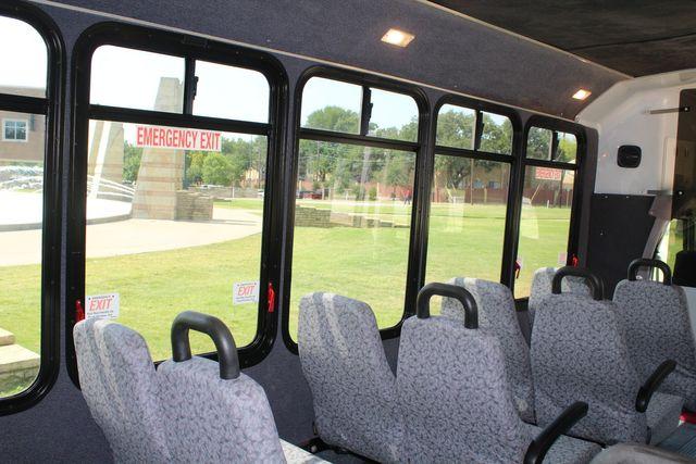 2010 Ford E450 22 Passenger Eldorado Shuttle Bus W/ Rear Luggage Storage Irving, Texas 23