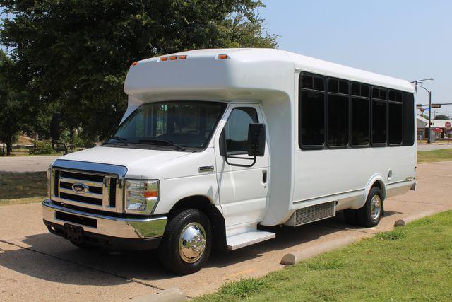 2010 Ford E450 22 Passenger Eldorado Shuttle Bus W/ Rear Luggage Storage Irving, Texas 4