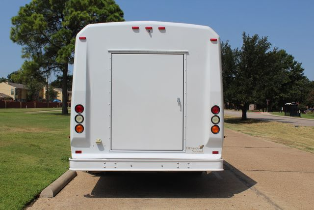 2010 Ford E450 22 Passenger Eldorado Shuttle Bus W/ Rear Luggage Storage Irving, Texas 8