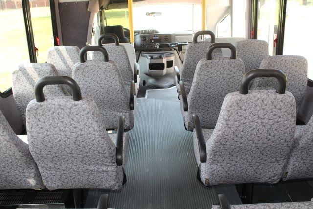 2010 Ford E450 22 Passenger Eldorado Shuttle Bus W/ Rear Luggage Storage Irving, Texas 24