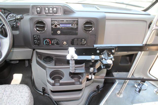 2010 Ford E450 22 Passenger Eldorado Shuttle Bus W/ Rear Luggage Storage Irving, Texas 36