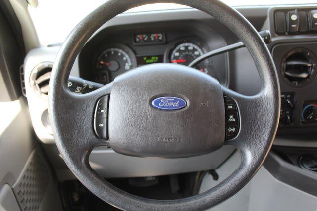 2010 Ford E450 22 Passenger Eldorado Shuttle Bus W/ Rear Luggage Storage Irving, Texas 37