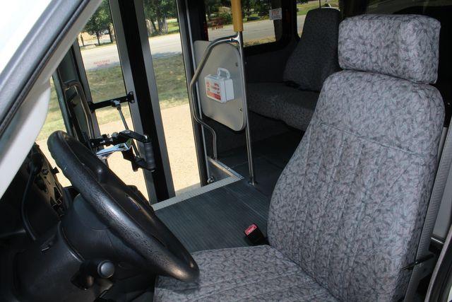 2010 Ford E450 22 Passenger Eldorado Shuttle Bus W/ Rear Luggage Storage Irving, Texas 53