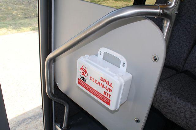 2010 Ford E450 22 Passenger Eldorado Shuttle Bus W/ Rear Luggage Storage Irving, Texas 32