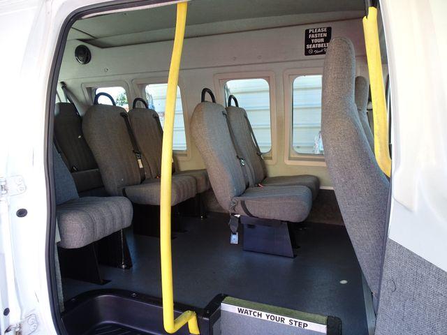 2010 Ford Econoline 10 Passenger Van Passenger Van Corpus Christi, Texas 28