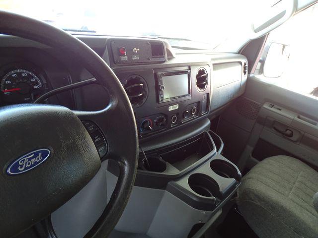 2010 Ford Econoline 10 Passenger Van Passenger Van Corpus Christi, Texas 19