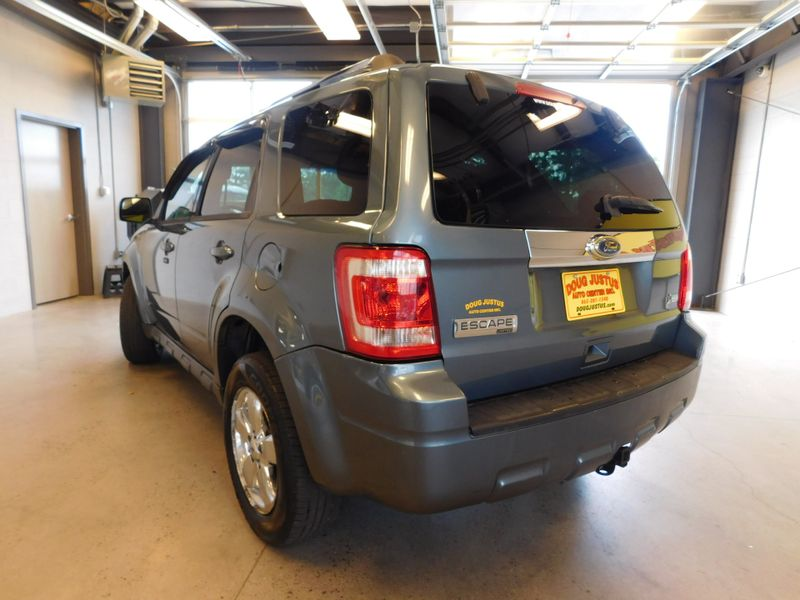 2010 Ford Escape Limited  city TN  Doug Justus Auto Center Inc  in Airport Motor Mile ( Metro Knoxville ), TN