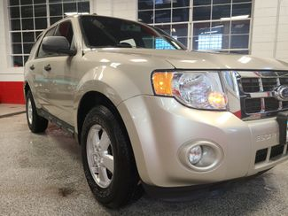 2010 Ford Escape Xlt. Awd SERVICED AND READY, SOLID VALUE! Saint Louis Park, MN 23