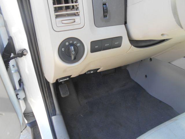 2010 Ford Escape Hybrid FWD Cleburne, Texas 16