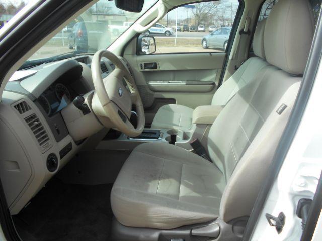 2010 Ford Escape Hybrid FWD Cleburne, Texas 8