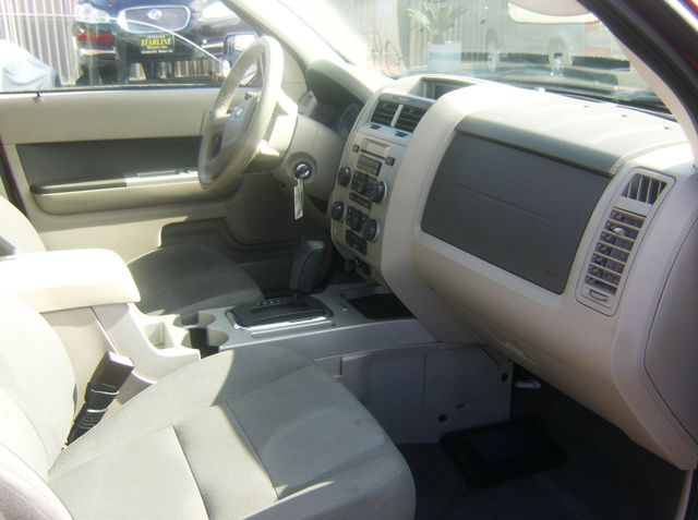 2010 Ford Escape XLT Los Angeles, CA 3