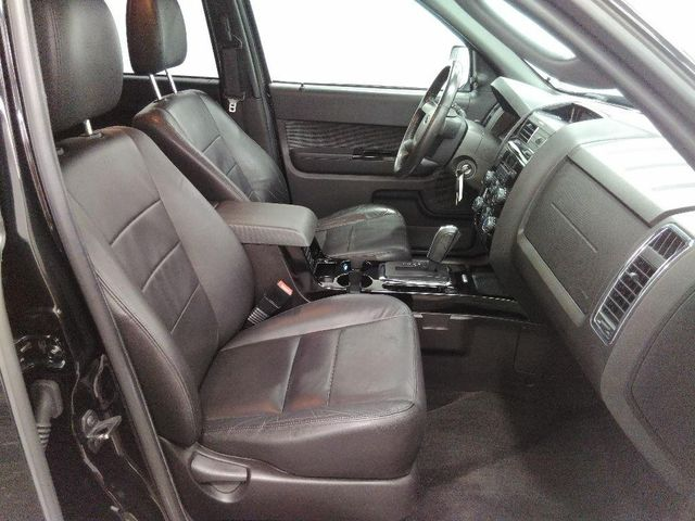 2010 Ford Escape Limited in St. Louis, MO 63043