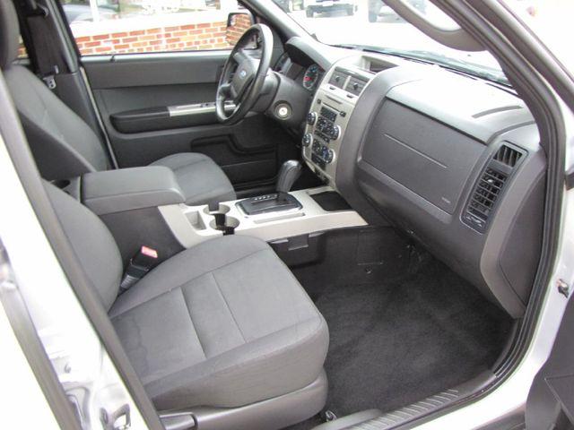 2010 Ford Escape XLT in Medina, OHIO 44256