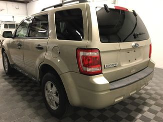 2010 Ford Escape XLT 4wd Leather  city Oklahoma  Raven Auto Sales  in Oklahoma City, Oklahoma