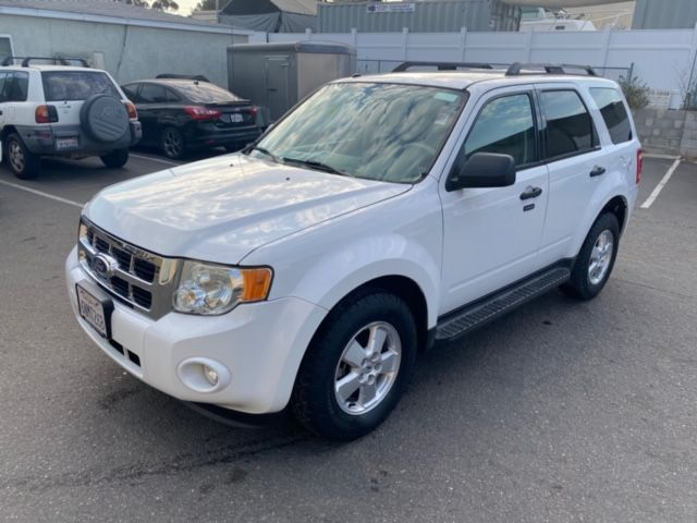 2010 Ford Escape XLT AWD W/ ONLY 56,001 MILES