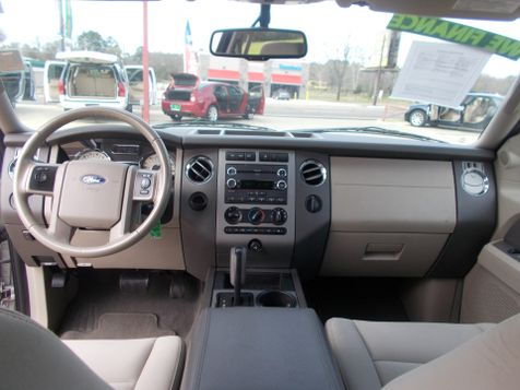 2010 Ford Expedition XLT | Gilmer, TX | Win Auto Center, LLC in Gilmer, TX