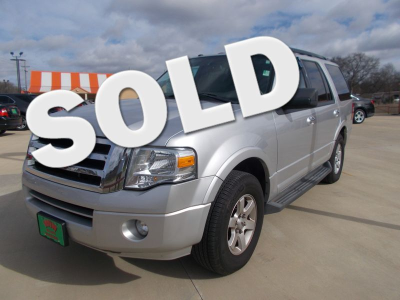 2010 Ford Expedition XLT | Gilmer, TX | Win Auto Center, LLC in Gilmer TX