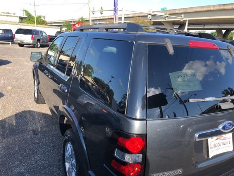2010 Ford Explorer XLT  city LA  AutoSmart  in Gretna, LA