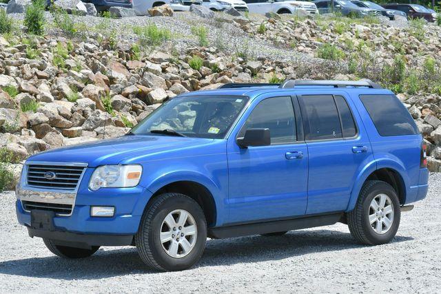 2010 Ford Explorer XLT Naugatuck, Connecticut 2