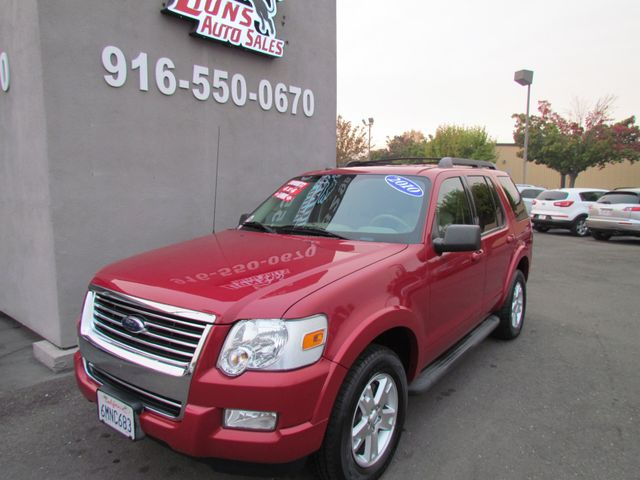 2010 Ford Explorer XLT 4 x 4 3rd Row Seat