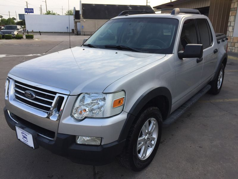 2010 Ford Explorer Sport Trac XLT  Brownsville TX  English Motors  in Brownsville, TX