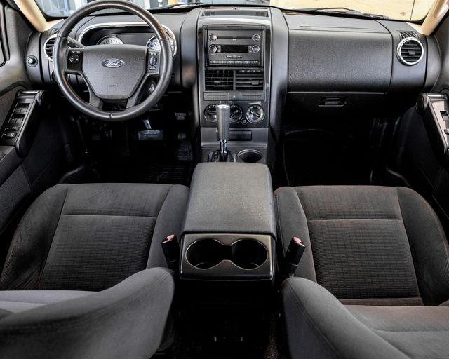 2010 Ford Explorer Sport Trac XLT Burbank, CA 13