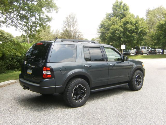2010 Ford Explorer Eddie Bauer 4WD in West Chester, PA 19382