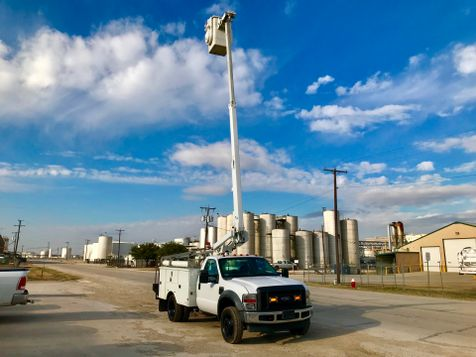 2010 Ford F450 BUCKET TRUCK   in Fort Worth, TX