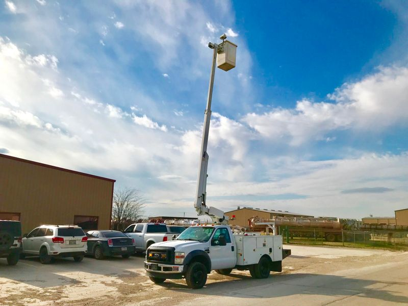 2010 Ford F450 BUCKET TRUCK    city TX  North Texas Equipment  in Fort Worth, TX