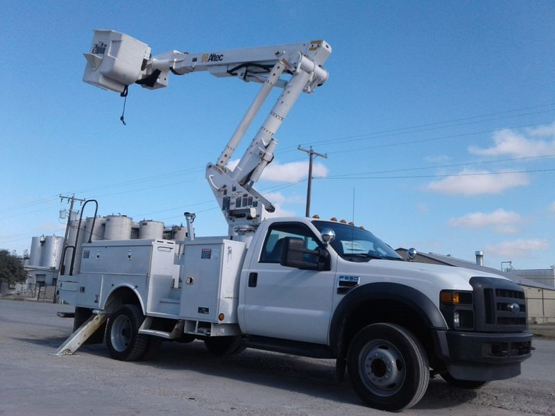 2010 Ford F550 4X4 BUCKET TRUCK WMATERIAL HANDLER  city TX  North Texas Equipment  in Fort Worth, TX